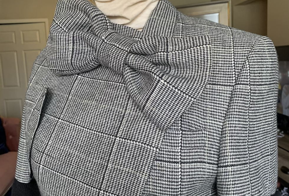 Asymmetrical Blazer 10