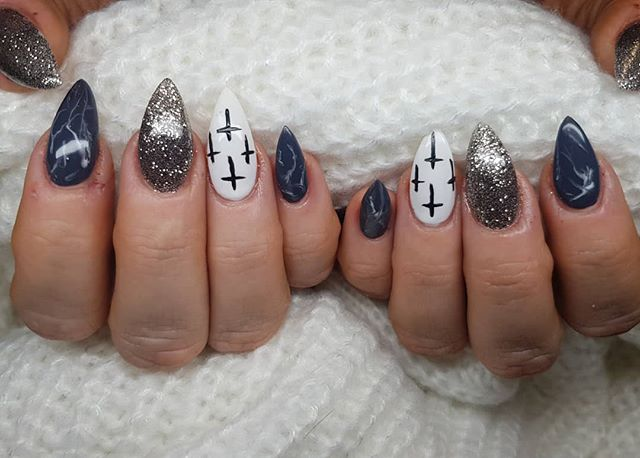 #nailplay #structured #whosaidacrylicsda