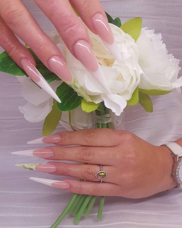 #nailsofinstagram #nailsonpoint #nailbiter #sculptednails #weddingready #weddingnails #bride #brides