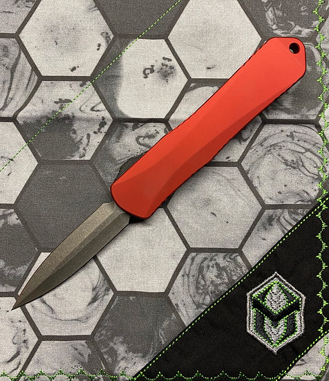 Heretic Manticore E OTF Red D/E Stonewash Blade