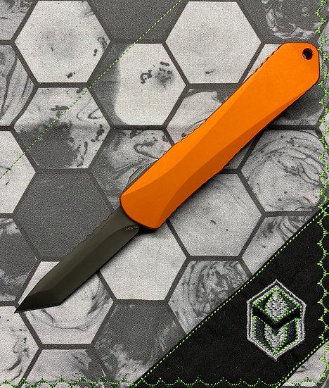 Heretic Manticore E OTF Orange Tanto DLC Blade