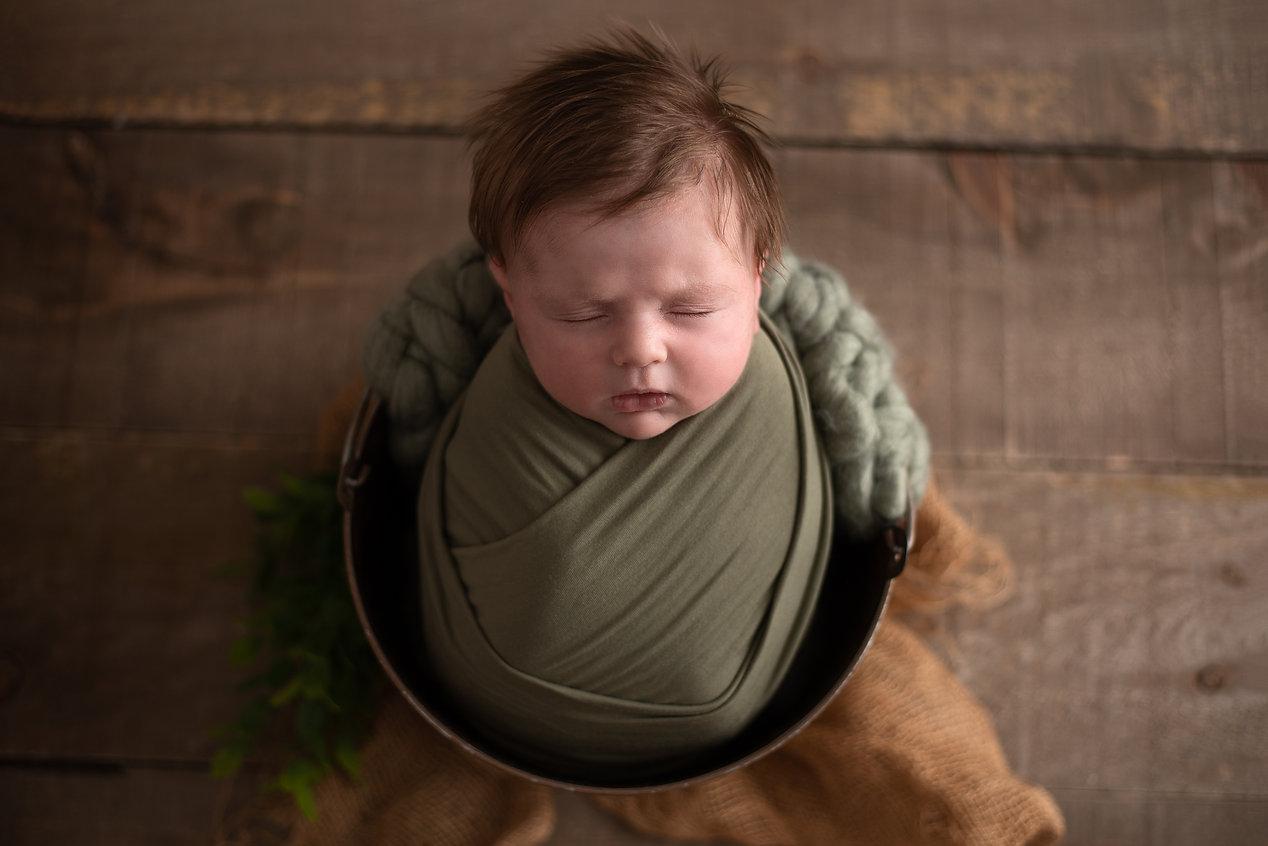 Theo Newborn 5.jpg