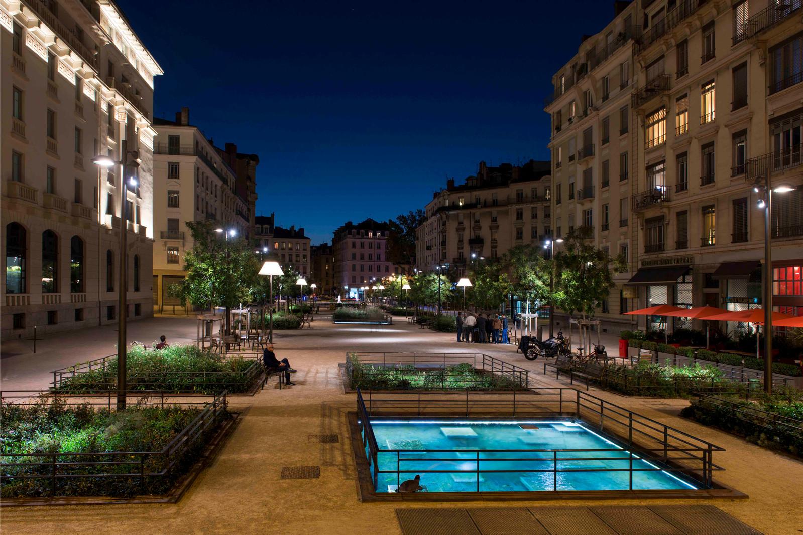 23 • Place Général Brosset - Lyon