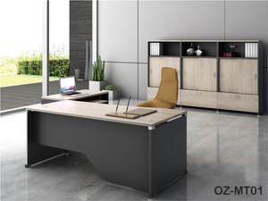Office Desk 40-1.jpg