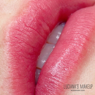 LuvLips Luxe