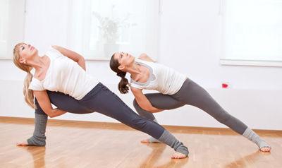 Vinyasa-Flow-Yoga-Class.jpg