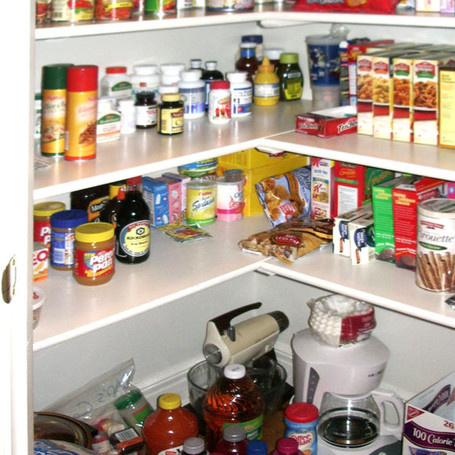 Pantry Bottom (After)