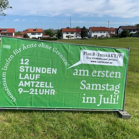 Die Banner sind aufgestellt!
