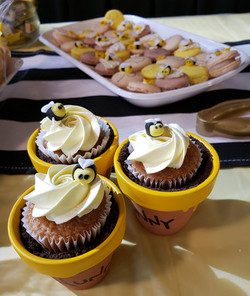 Mini cupcakes (only) by Tripl3 Baked