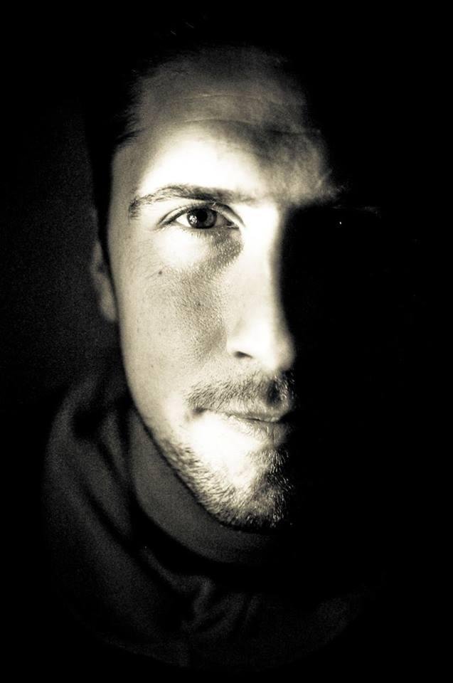 DavidGoudreault.portrait face ombre.jpg