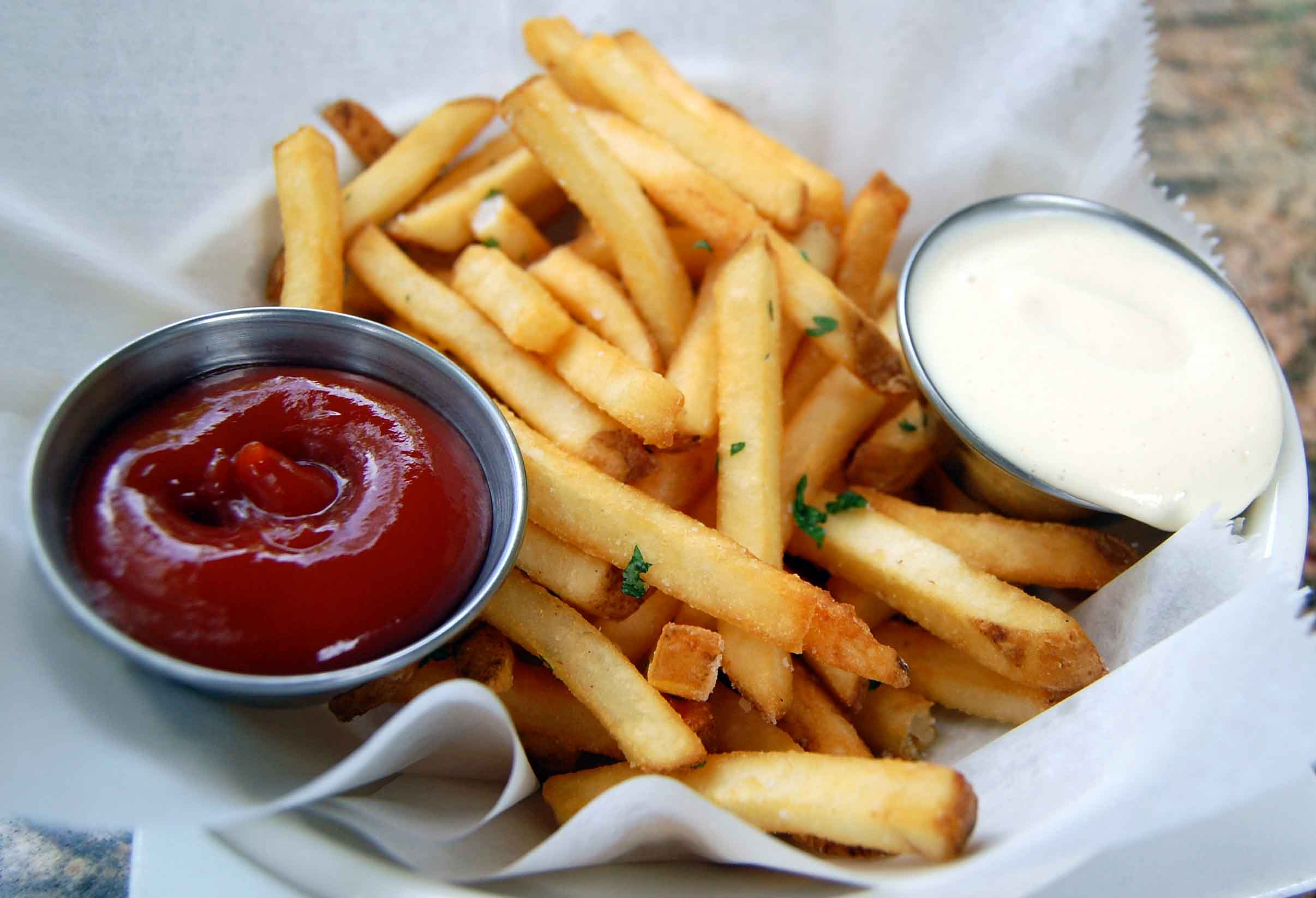 not-house-made-fries-w-truffle-aioli-angry-ketchup