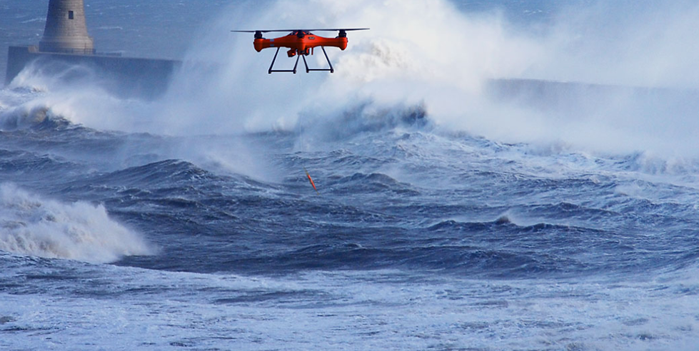 SplashDrone-3-in-the-middle-of-the-sea.p