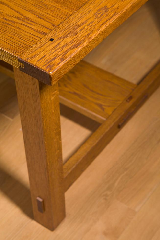 Oak Dining Table Detail