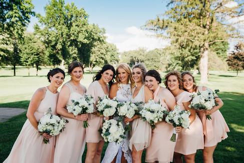 filename_0_=UTF-8''wild-native-photography-modern-pittsburgh-wedding-phot copy 12.jpeg