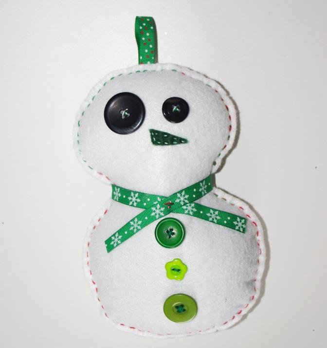#Z105 Bonhomme de neige, Moyen - $12