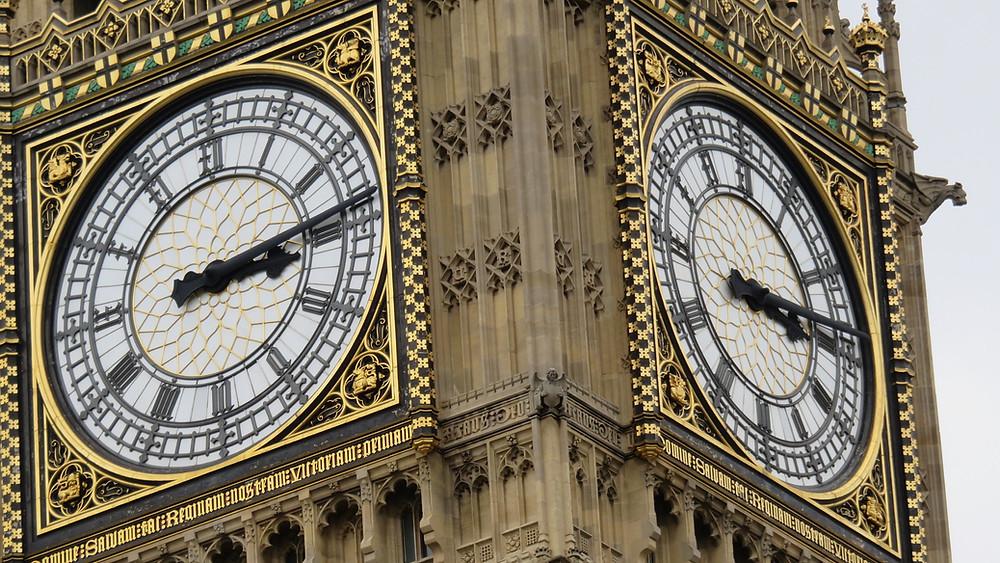 Big Ben e sua pontualidade Britânica