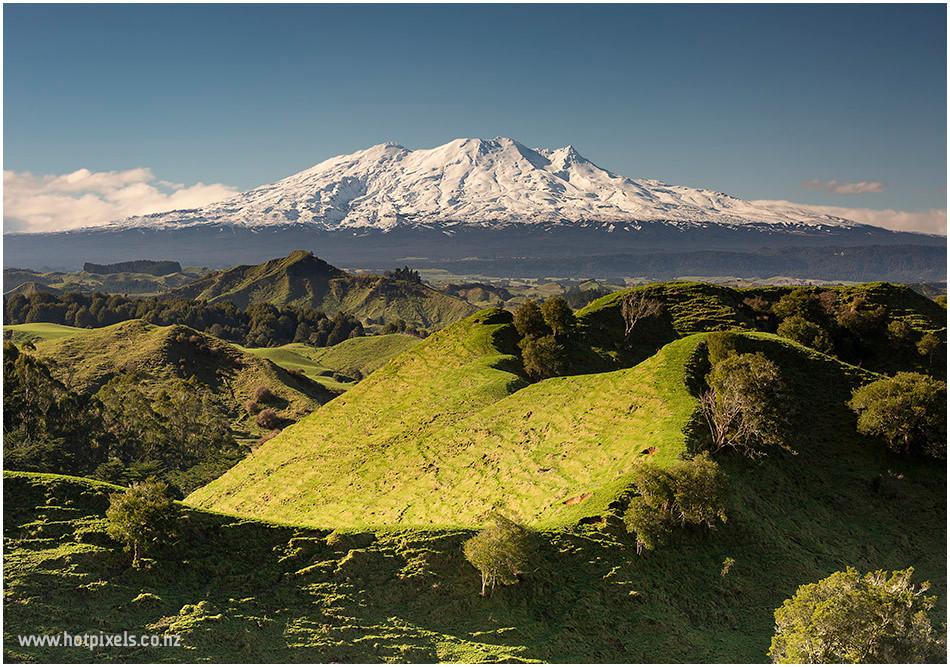 volcano view of mt ruapehu nz