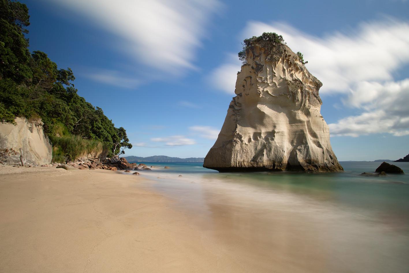 Te Horo Rock, Cathedral Cove, Coromandel Peninsula