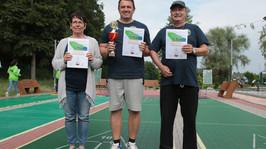 Shuffleboard: Erstes Turnier, erster Turniersieg für Heinz Zengerle!