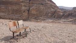 Deux chaises en quête