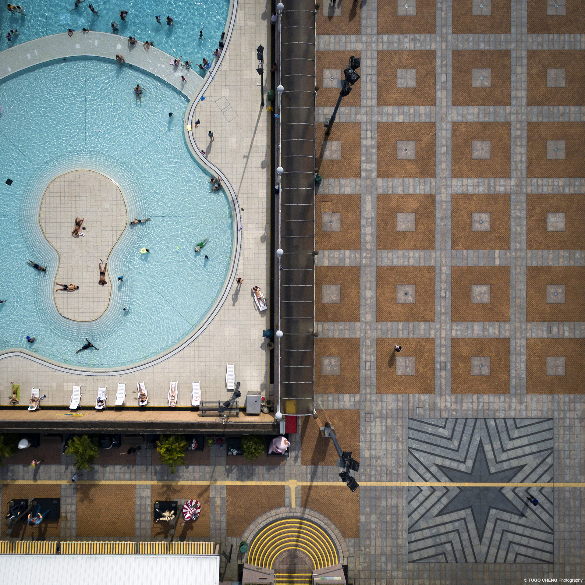 City Patterns #15_Pool side
