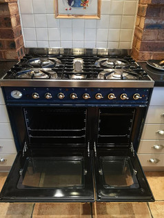 Large Oven West Midlands clean