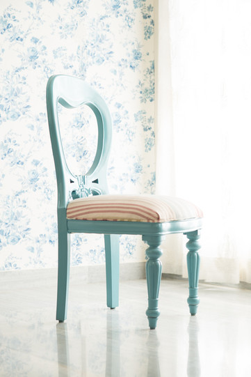 High key furniture photography