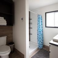 Sunport Pines Cottage Bathroom 2.jpg