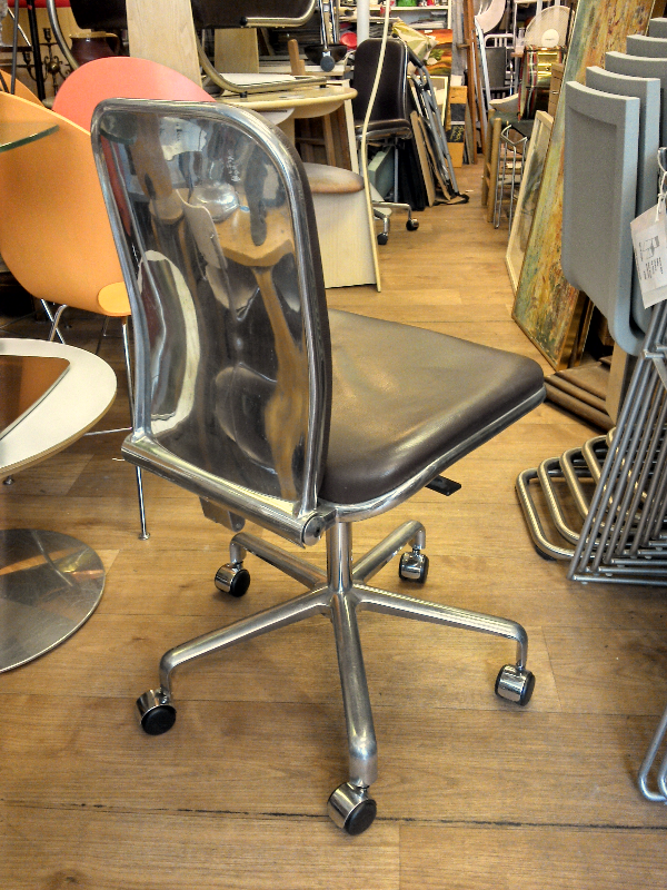 Hille Supporto Chairs x 4