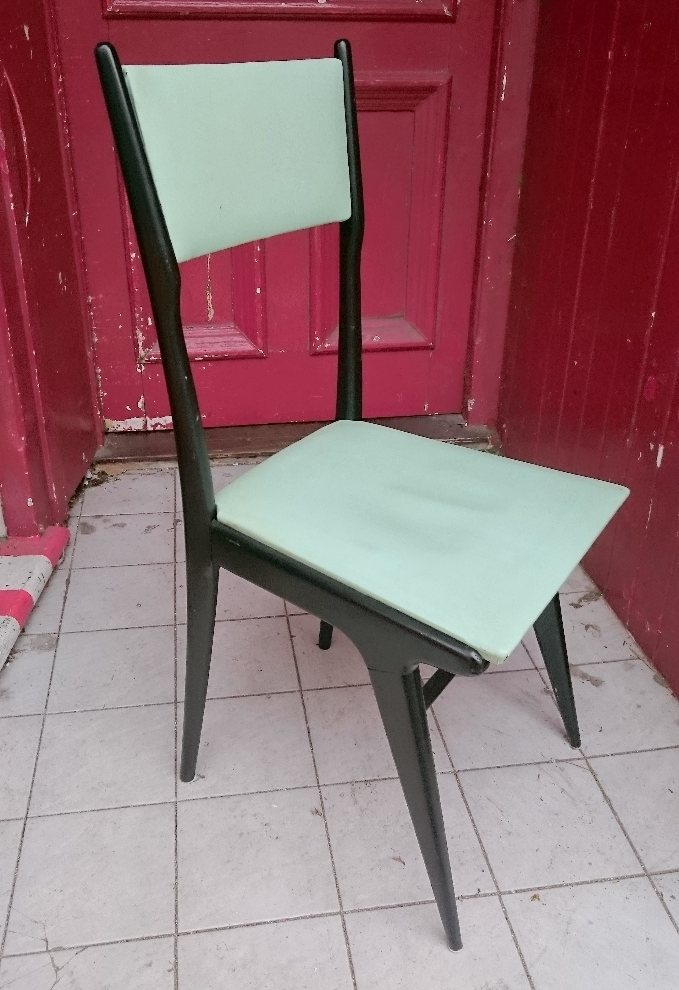 Six Chairs Manner of Ponti