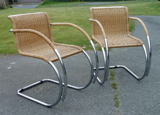 mies van der rohe cantilever chairs