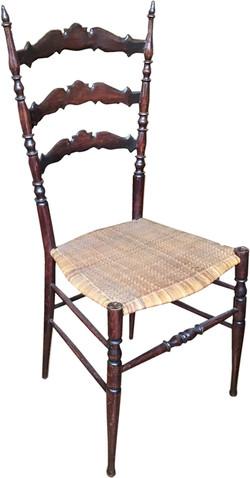 Sanguinetti Chair
