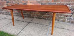 Hans Wegner Table