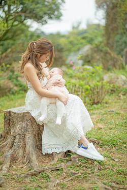 Natalie   breastfeed
