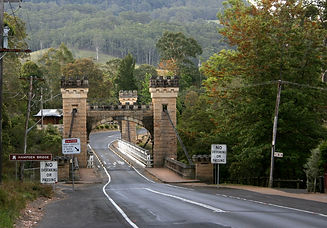Kangaroo_Valley,_Hampton_Bridge-1.jpg