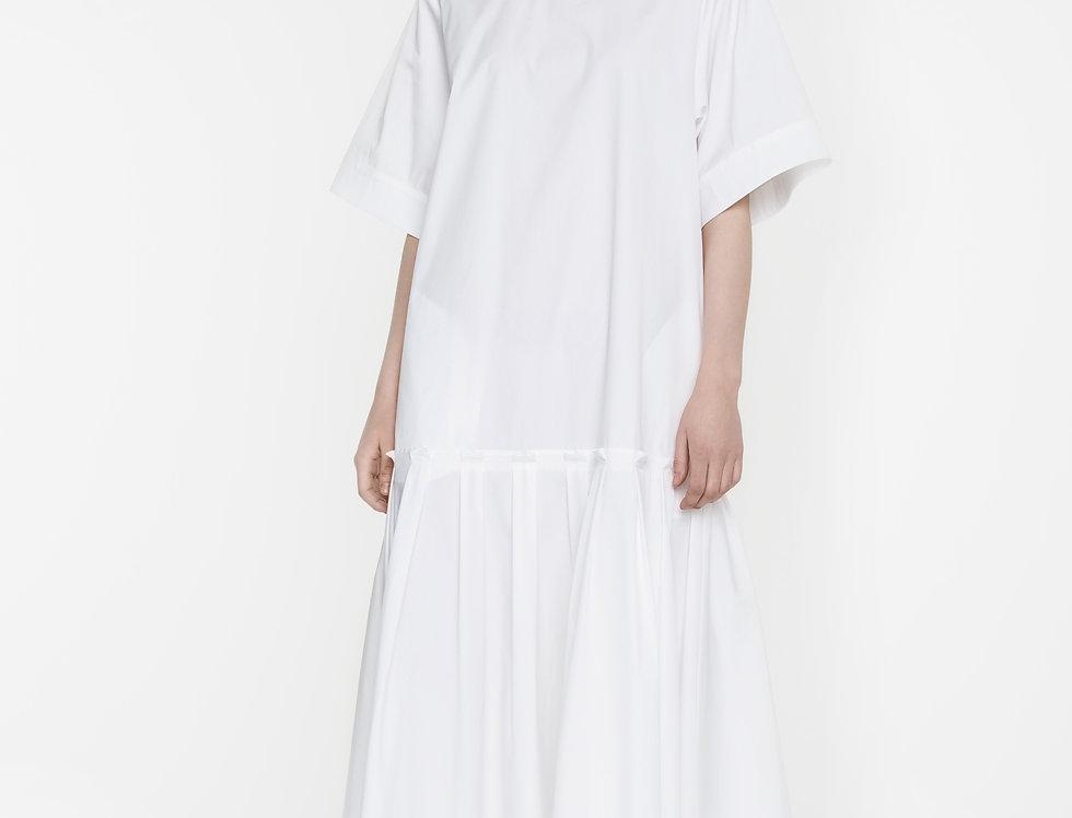 White flowing dress Dear Freedom