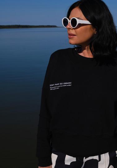 Black Organic Cotton Sweatshirt Dear Freedom