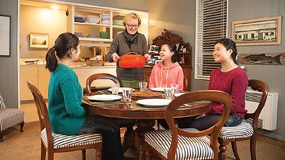 hostfamily at dinner.png