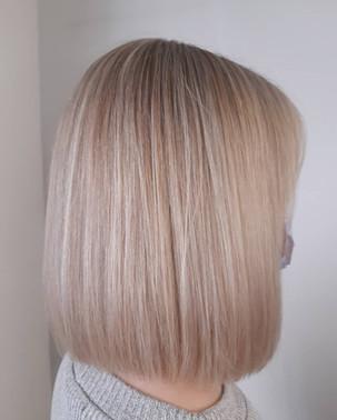 Heavy Hair blondi.JPG
