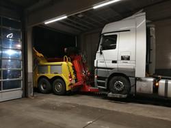 Truck Repair Shop Truck Find (9)