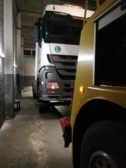 Truck Repair Shop Truck Find (25)