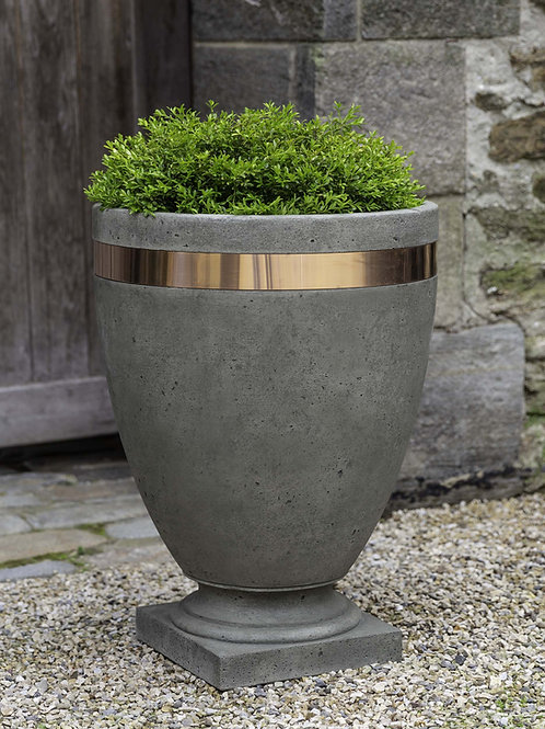 Moderne Tall Planter