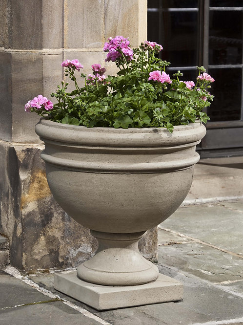 Montgomery Urn