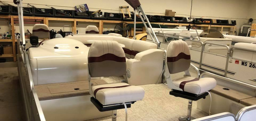 Canvas Products of Eagle River Pontoon R