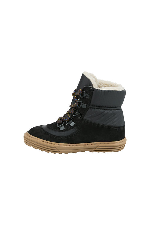COLOR BLOCK CHUNKY BOOT BLACK