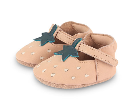 Nanoe Strawberry Baby shoes