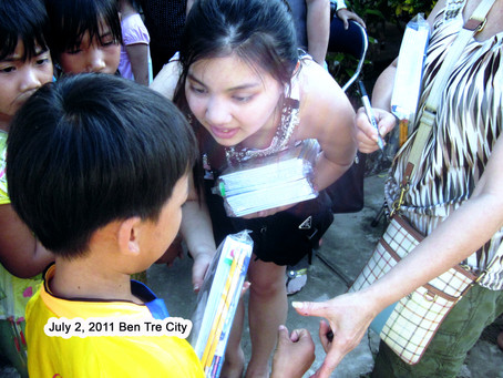 July 2, 2011 - Ben Tre City gifts for 301 kids