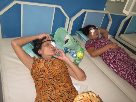 Aug 17, 18, 2012 - Cataract eye surgery Hoi An, Quang Nam