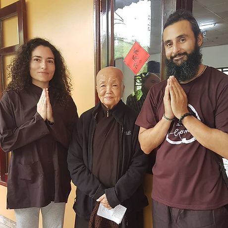 aprender mindfulness y meditacion con meditaciones guiadas retiro de mindfulnes online para dormir bien aliviar ansiedad mainfulnes facil principiantes coaching espiritual zen salud y bienestar chang khong