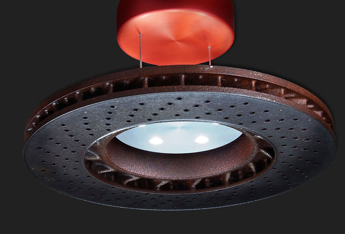 Deckenleuchte aus Bremsscheibe Audi Autoteil besondere Lampe